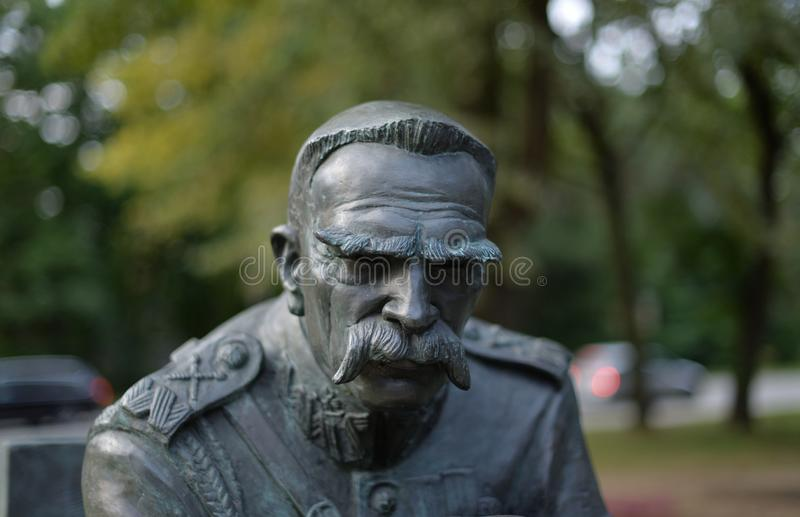 O monumento de Jozef Pilsudski foi ficado situado em Sulejowek perto de Varsóvia A imagens de stock royalty free