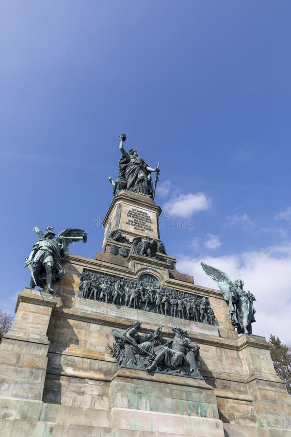 O monumento de Niederwald representa a união de todos os alemães - localize imagens de stock