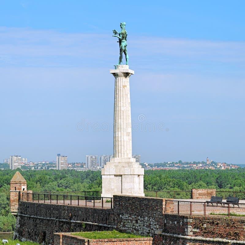 O monumento de Pobednik (vencedor) em Belgrado, Sérvia fotos de stock royalty free