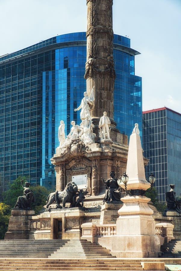O monumento do anjo à independência em México DF Paseo Reforma imagem de stock royalty free