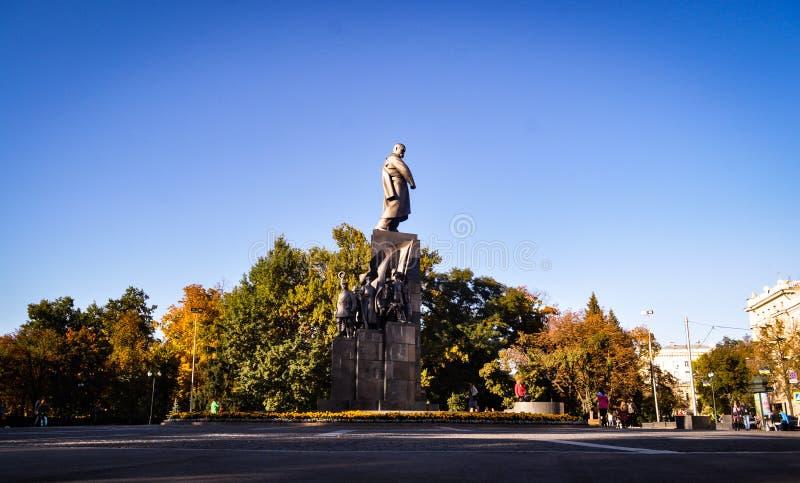 O monumento a Taras Shevchenko imagens de stock