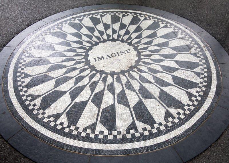 O mosaico da imaginação em Strawberry Fields no Central Park, New York fotos de stock royalty free