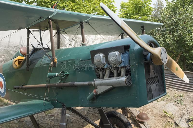 O motor de uma réplica SE5 de um biplano de Royal Air Force imagens de stock royalty free