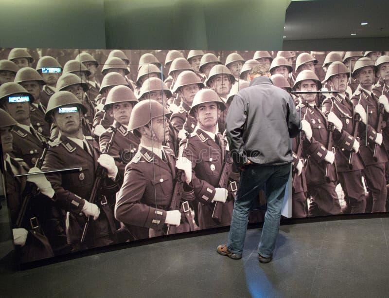 O museu da RDA em Berlim imagens de stock