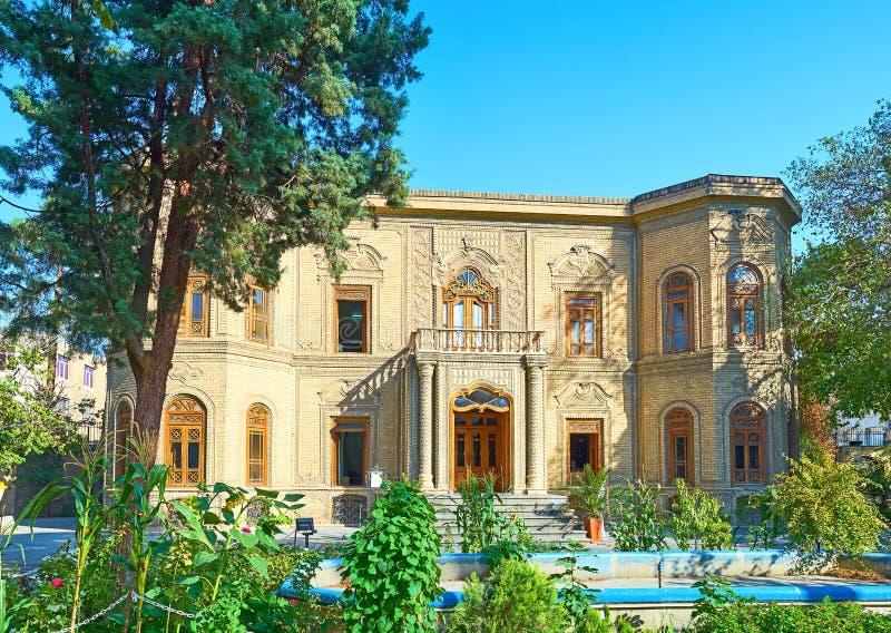 O museu de vidro e cerâmico de Tehran, Irã foto de stock