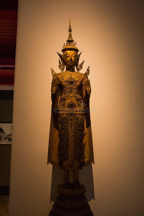 O Museu Nacional Banguecoque, buddha de pedra idoso imagens de stock royalty free