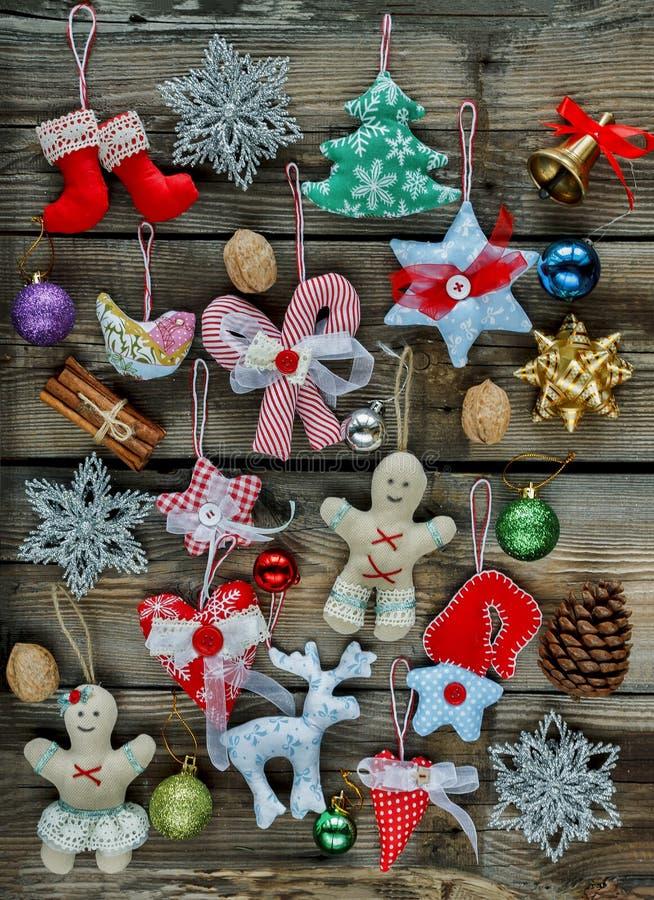 O Natal caseiro brinca, as decorações da árvore de Natal, 2019,2020, w fotografia de stock