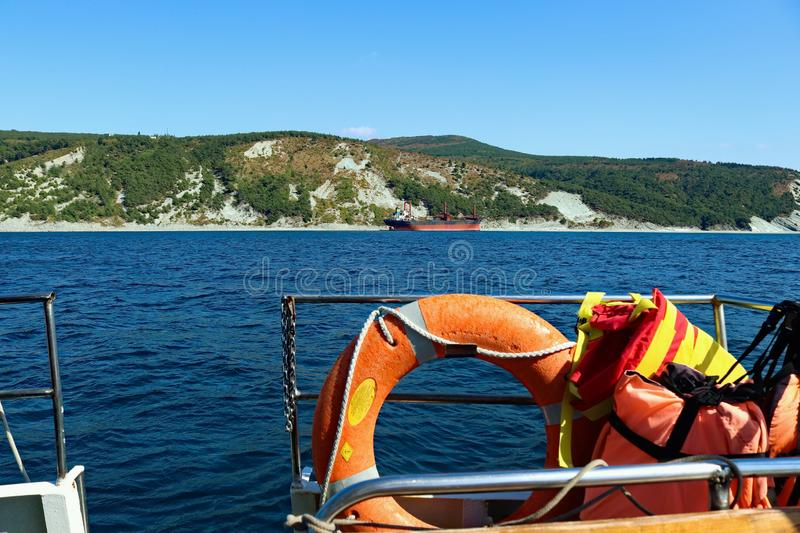O navio afundou-se numa tempestade no Mar Negro fotos de stock royalty free