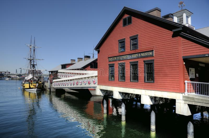 O navio de Boston Tea Party e o museu, EUA foto de stock