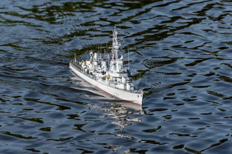 O navio do modelo à escala de RC em campeonatos mundiais classifica NS NAVIGA imagens de stock
