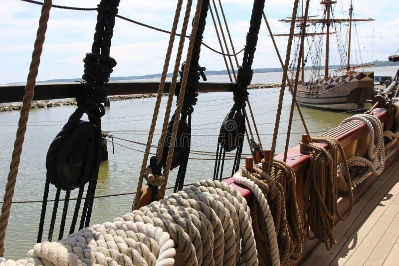 O navio velho amarrado imagem de stock royalty free