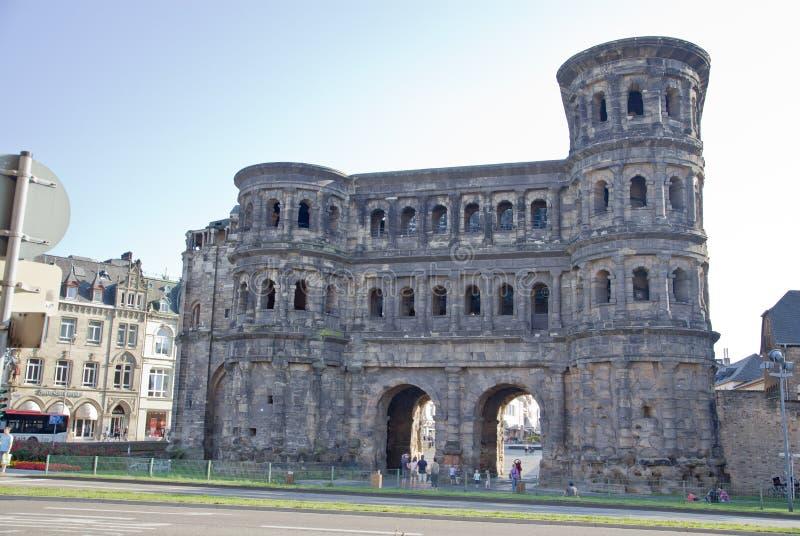 O negro de Porta (porta preta), Trier imagem de stock
