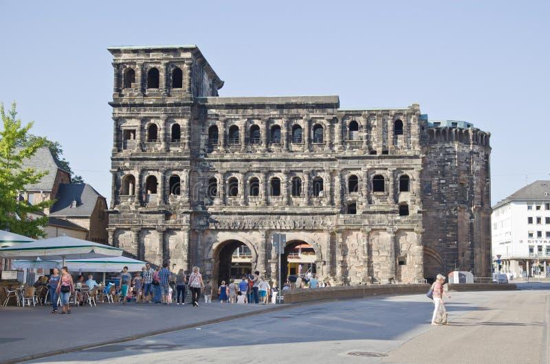 O negro de Porta (porta preta), Trier imagens de stock royalty free