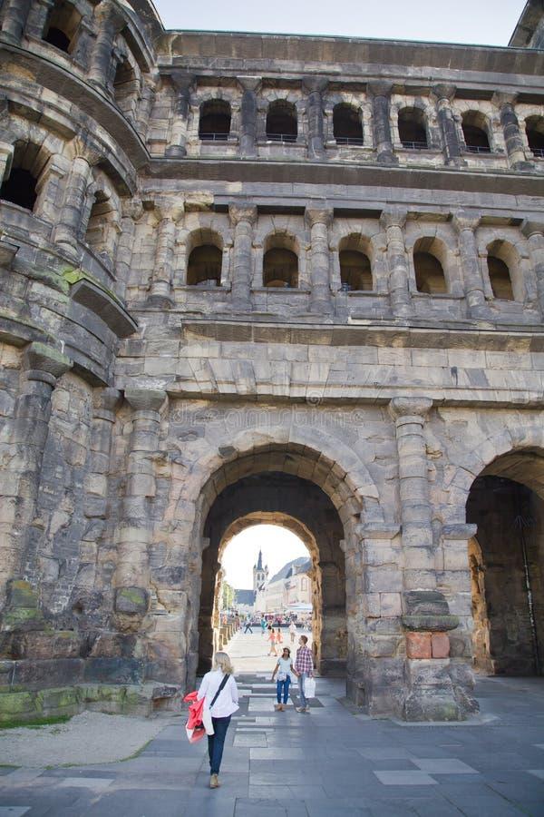 O negro de Porta (porta preta), Trier foto de stock royalty free