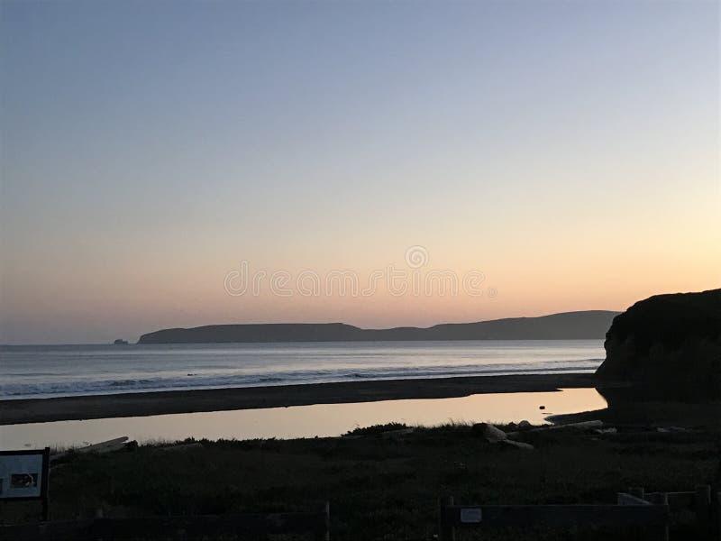 O oceano Sunset imagens de stock royalty free