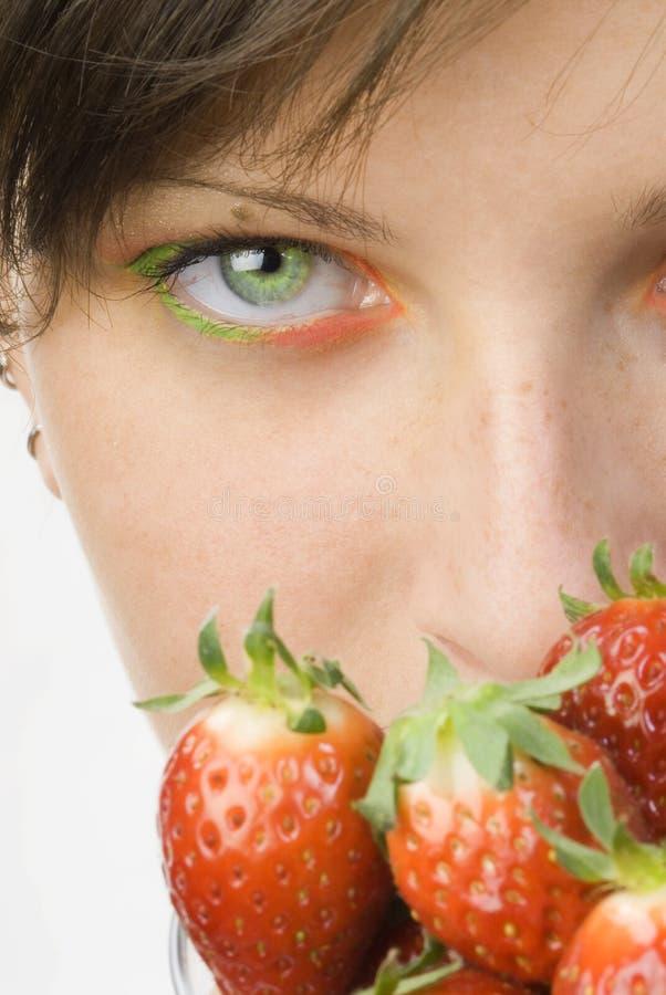 O olhar da morango fotos de stock