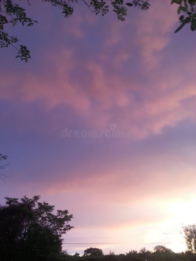 O olhar do céu após uma chuva pesada foto de stock royalty free