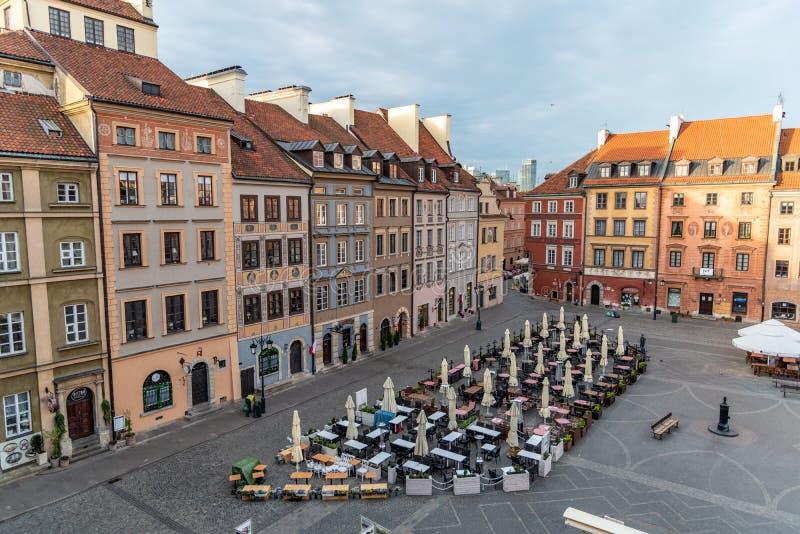 O olhar fixo velho Miasto da cidade de Vars?via ? o centro hist?rico de Vars?via fotografia de stock royalty free