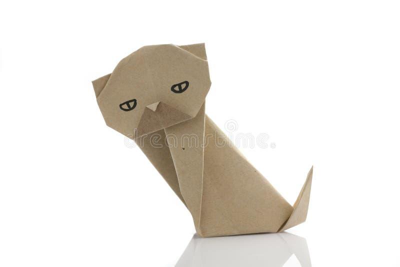O origâmi persegue recicla perto o papercraft imagens de stock royalty free
