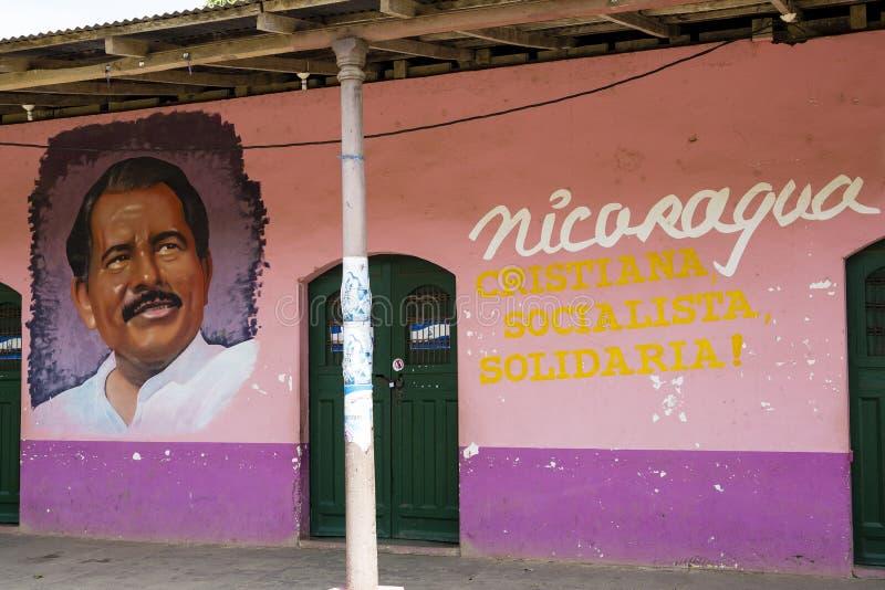 O ortrait pintado de Daniel Ortega em Nicarágua foto de stock royalty free
