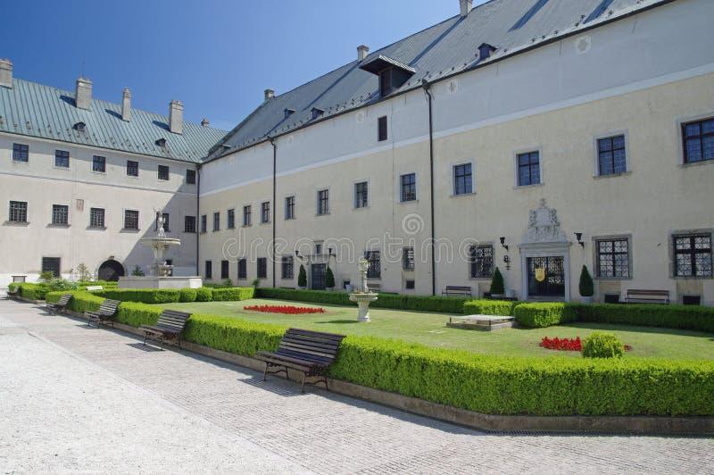 O pátio de Cerveny Kamen Castle, Eslováquia fotografia de stock royalty free
