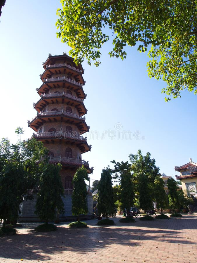 O pagode na cidade imperial é a capital anterior de Vietname imagem de stock