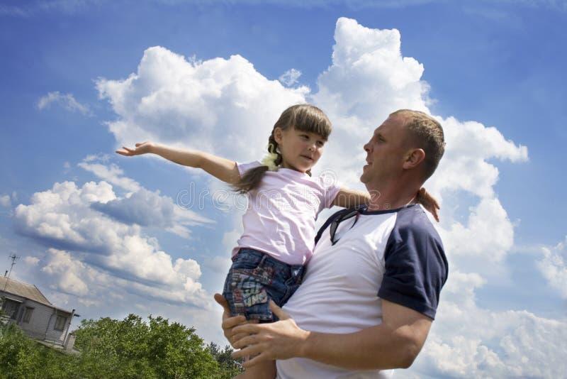 O pai e a filha fotografia de stock