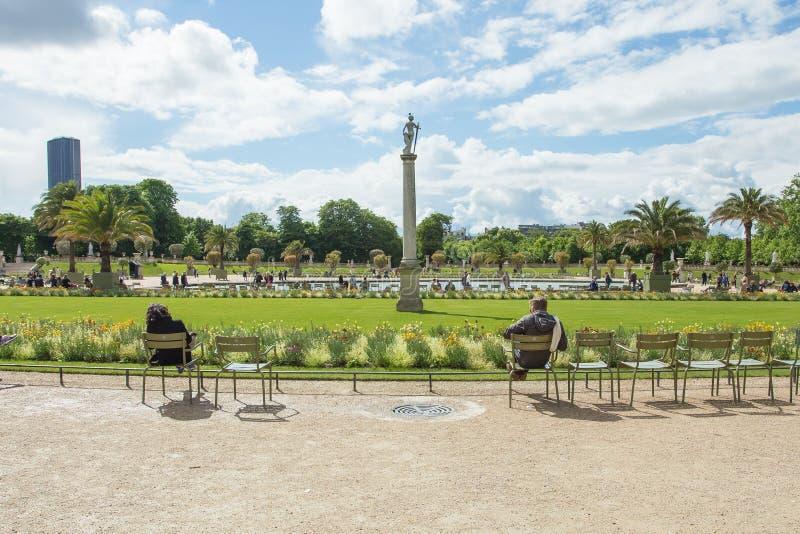 O palácio de Luxemburgo no Jardin du Luxemburgo ou Luxemburgo foto de stock royalty free