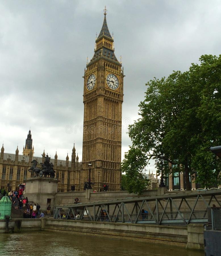 O palácio de Westminster - o parlamento do reino unido Big Ben imagens de stock royalty free