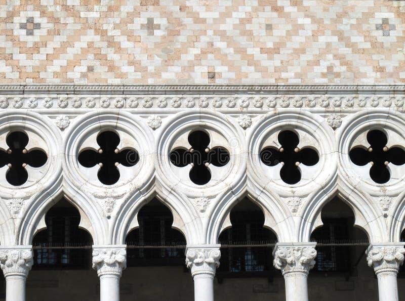 Download O Palácio Do Doge De Veneza Em Veneza, Italia Imagem de Stock - Imagem de arco, facade: 29840841