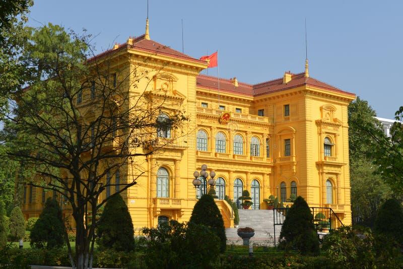 O palácio presidencial em Hanoi, Vietnam fotografia de stock