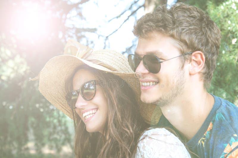 O par tem o divertimento no parque imagens de stock royalty free