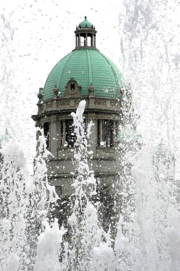 O parlamento da república da Sérvia fotos de stock royalty free