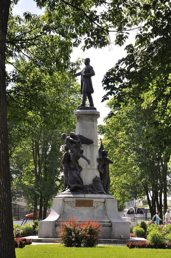 O parlamento jardina monumento de Cidade de Quebec em Canadá foto de stock