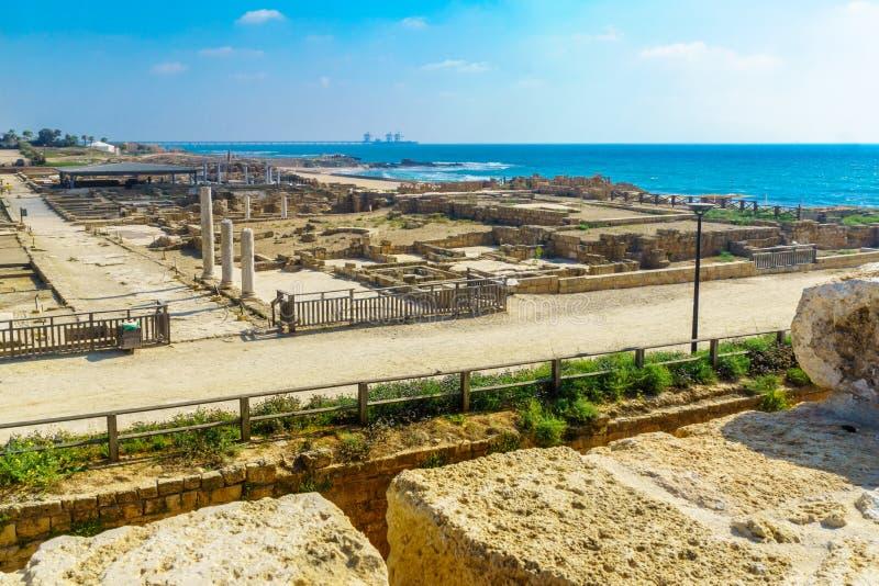 O parque nacional de Caesarea, com Roman Era permanece imagem de stock