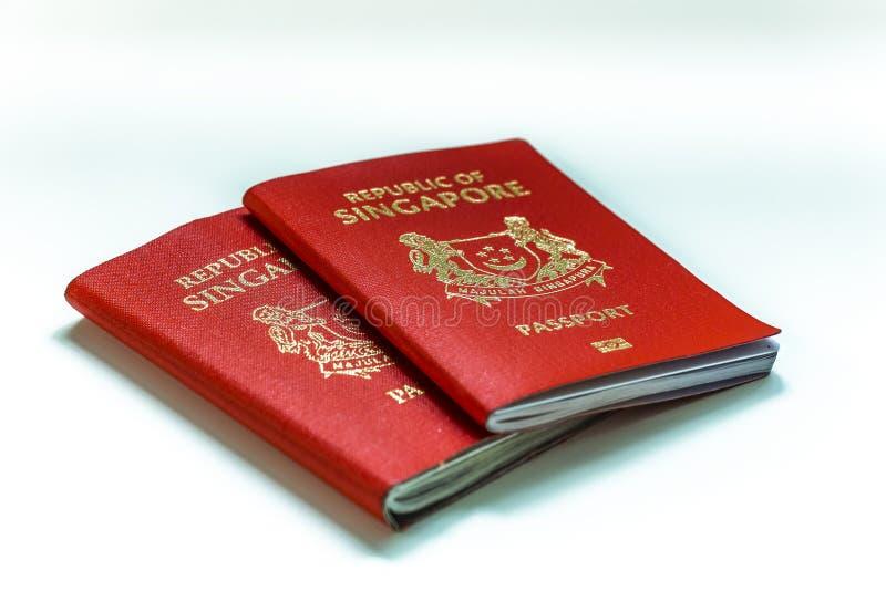 O passaporte de Singapura ? classificado o passaporte o mais poderoso no mundo com visto-livre ou visto no acesso da chegada a 18 imagem de stock