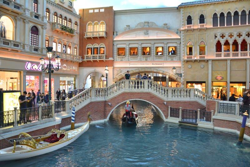 O passeio da gôndola de Grand Canal no hotel Venetian fotografia de stock