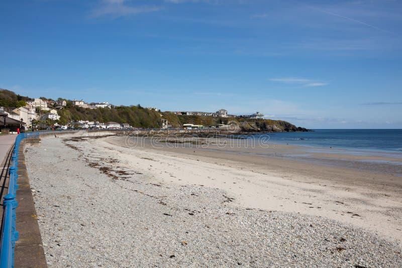 O passeio e a praia Douglas Isle do homem fotos de stock