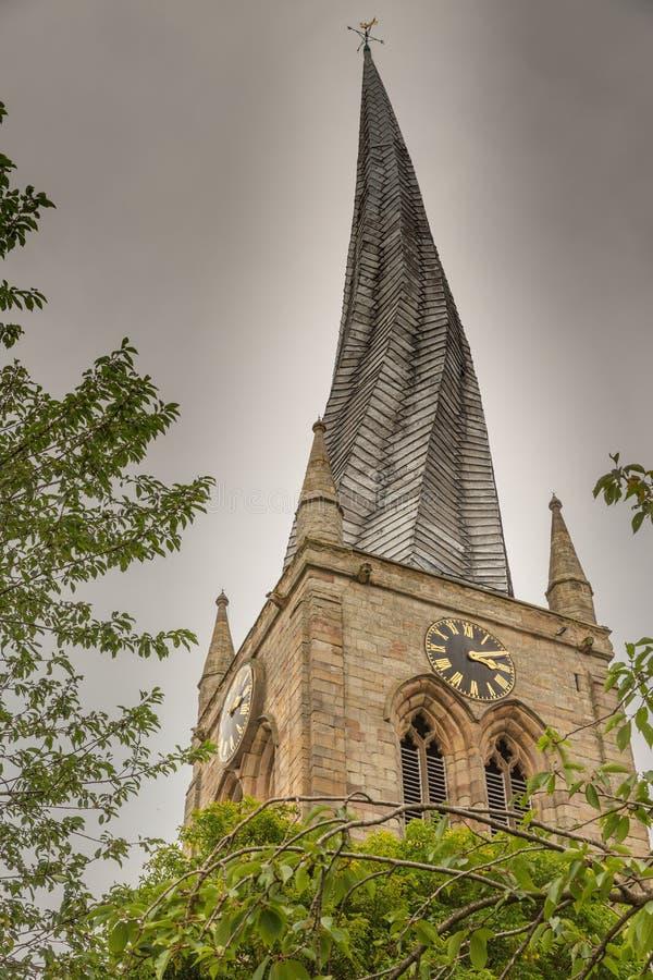 O pináculo curvado em Chesterfield, Derbyshire, Inglaterra imagem de stock