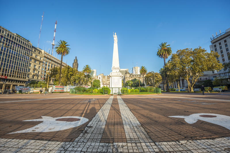 O Piramide de Mayo em Buenos Aires, Argentina. fotos de stock