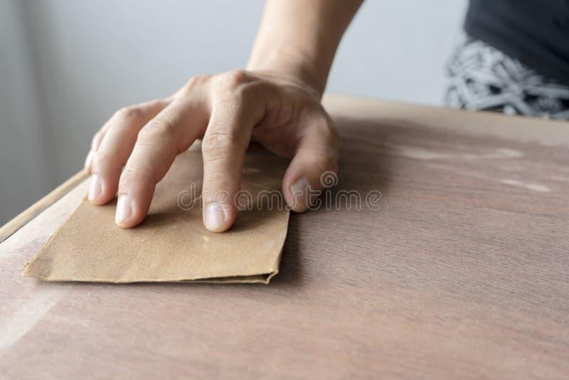 O poder de superfície de madeira do carpinteiro ajustar a superfície da superfície foto de stock royalty free