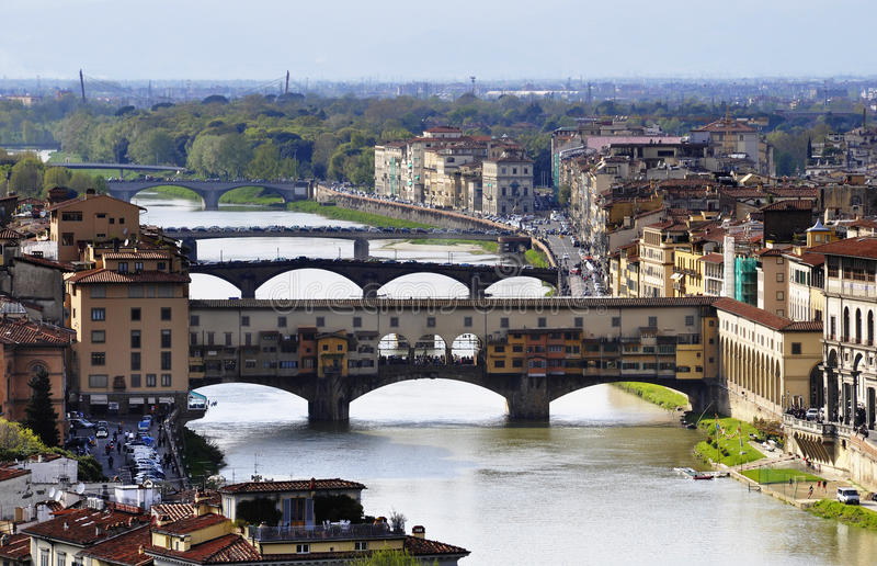 O Ponte Vecchio em Florença imagens de stock