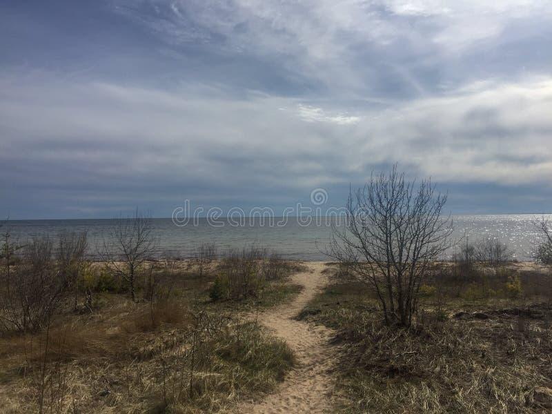 O ponto o mais northernmost do Lago Michigan imagem de stock