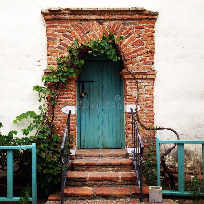 O portal de turquesa imagens de stock royalty free