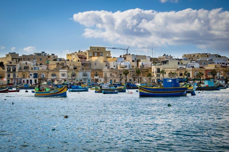 O porto de Marsaxlokk em Malta imagens de stock royalty free