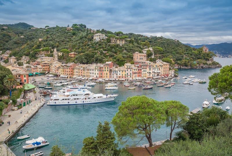 O porto de Portofino, Itália fotografia de stock