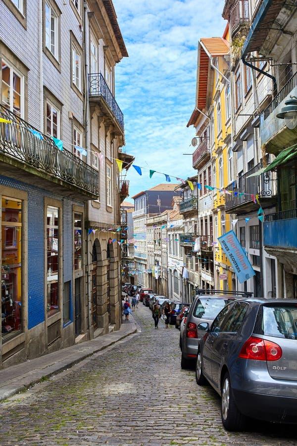 O Porto/Portugal - 08 07 2017: Vista das ruas do Porto, Portugal imagem de stock