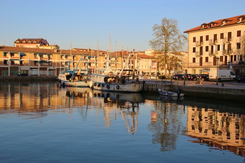 O porto velho de Grado, Itália foto de stock