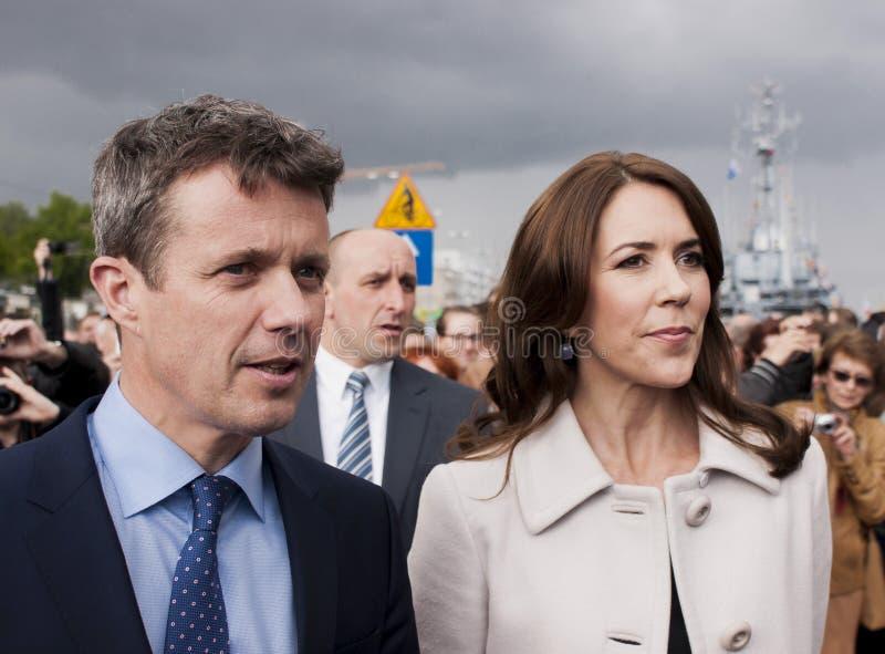 O príncipe Frederik de Dinamarca e a princesa Mary visitam o Polônia fotos de stock royalty free