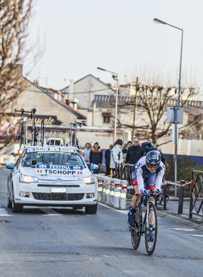 O Prólogo 2013 Agradável De Johann Tschopp- Paris Do Ciclista Em Houilles Imagem de Stock Editorial